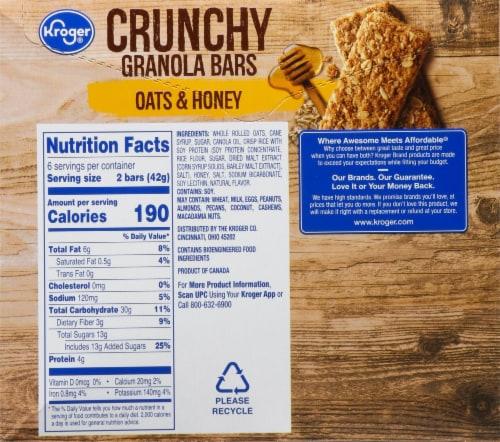 Kroger® Crunchy Granola Bars - Oats & Honey Perspective: back