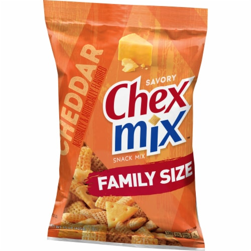 Chex Mix Cheddar Family Size Snack Mix Perspective: back