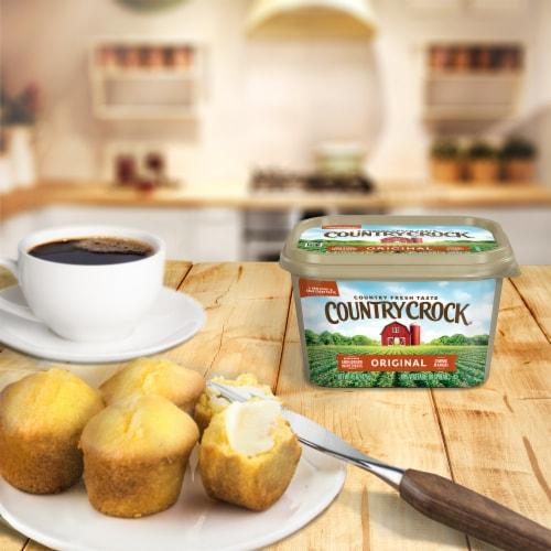 Country Crock Original Vegetable Oil Spread Perspective: back