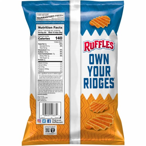 Ruffles® Double Crunch® Spicy Cheddar Jack Potato Chips Perspective: back