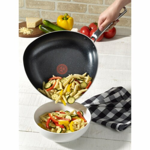 T-Fal Heatmaster Triangle Easy Pour Nonstick Pan - Black Perspective: back