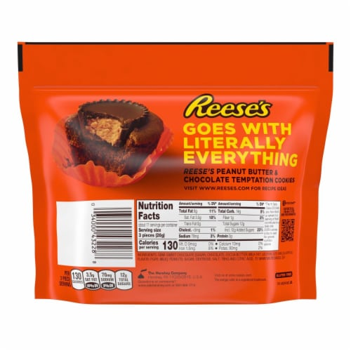 Reese's Miniature Dark Chocolate & Peanut Butter Cups Share Pack Perspective: back