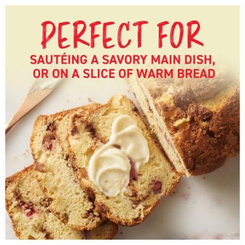 Land O' Lakes® Olive Oil & Sea Salt Butter Spread Perspective: back