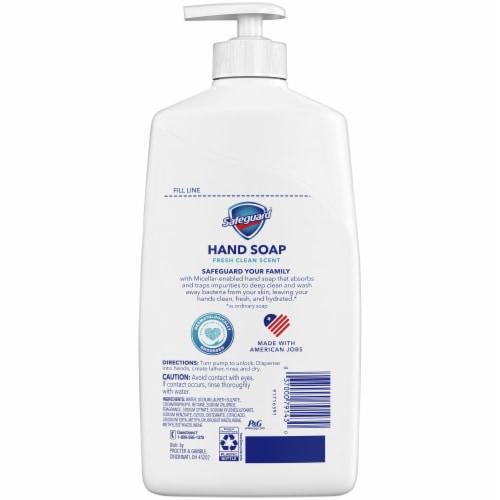 Safeguard™ Liquid Hand Soap Fresh Clean Scent Perspective: back