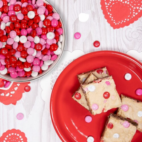M&M'S Milk Chocolate Valentines Day Cupid's Mix Valentine Candy Bag Perspective: back