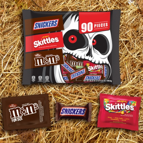 Mars Snickers Skittles & M&M's Candy Variety Pack Perspective: back