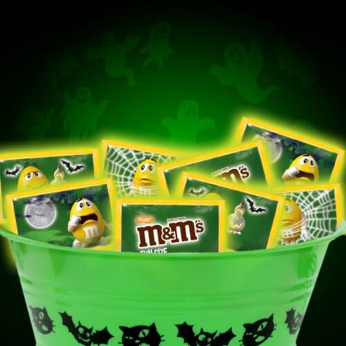 M&M'S Peanut Milk Chocolate Glow In The Dark Fun Size Halloween Trick or Treat Packs Perspective: back
