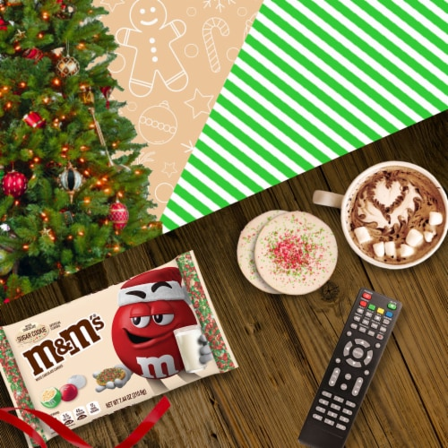 M&M'S Holiday White Chocolate Sugar Cookie Christmas Candy Perspective: back