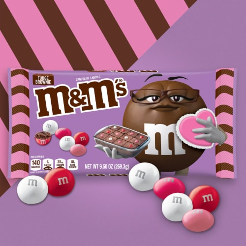 M&M'S Fudge Brownie Chocolate Valentine Candy Bag Perspective: back