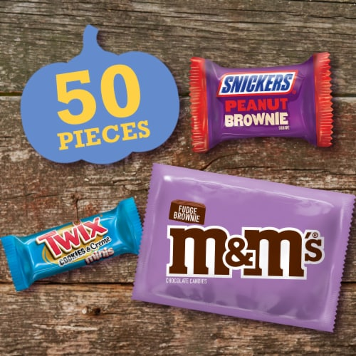 Mars Dessert Mix Assorted Halloween Candy Perspective: back