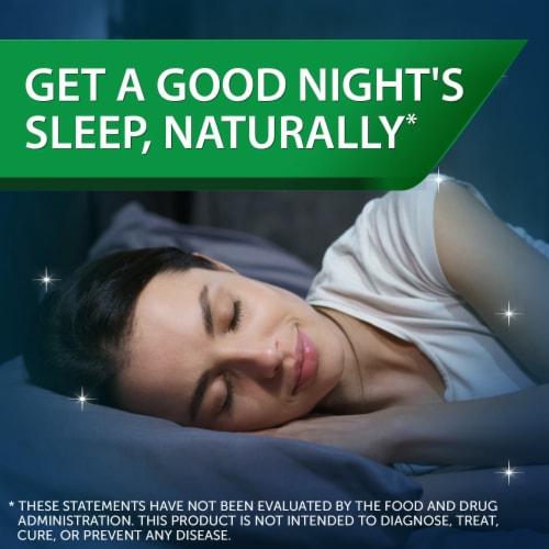Unisom® Midnight Raspberry Simple Slumbers™ Gummies Perspective: back