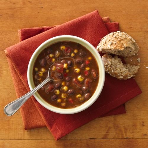 Progresso Reduced Sodium Southwest Style Black Bean & Vegetable Soup Perspective: back