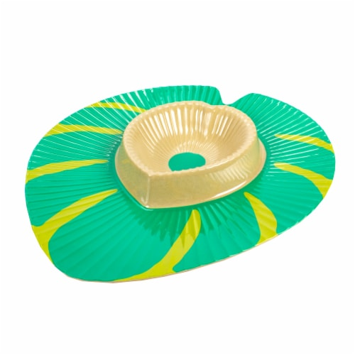 HD Designs Outdoors Leaf Shaped Chip and Dip Tray - Green Perspective: back