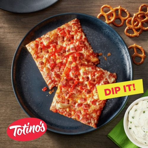 Totino's Pepperoni Party Pizza Pack Perspective: back