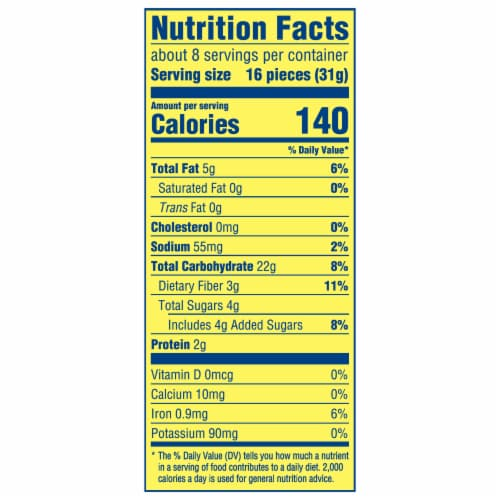 Wheat Thins Hint of Salt Crackers Perspective: back