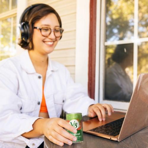 V8 Original Vegetable Juice Perspective: back