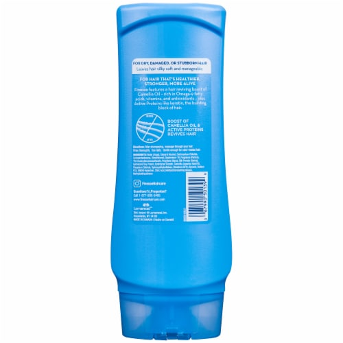 Finesse Moisturizing Conditioner Perspective: back