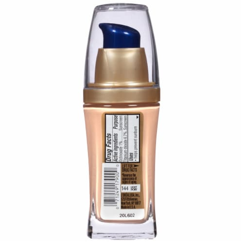 L'Oreal Paris Visible Lift Light Ivory Serum Absolute Foundation Perspective: back