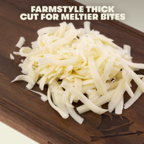 Tillamook Farmstyle Thick Cut Mozzarella Shredded Cheese Perspective: back