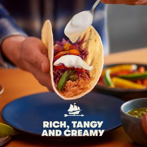 Tillamook® Cultured Sour Cream Perspective: back