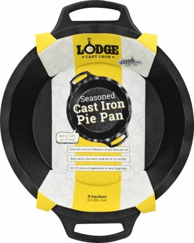 Lodge Seasoned Cast Iron Pie Pan Perspective: back