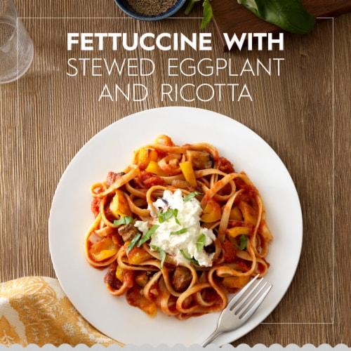 Barilla Fettuccine Pasta Perspective: back