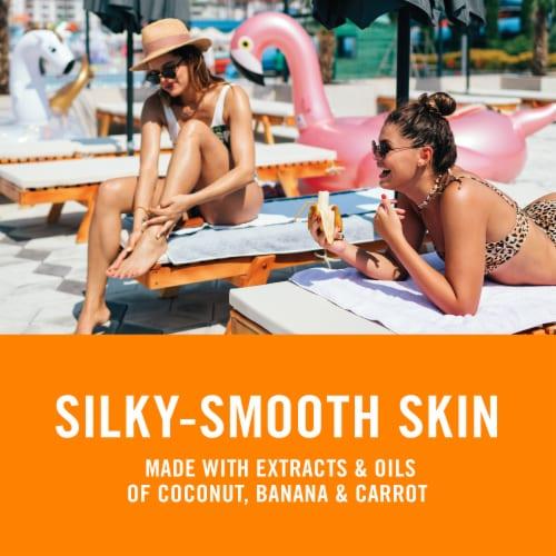 Banana Boat Deep Tanning Spray Oil SPF 4 Perspective: back