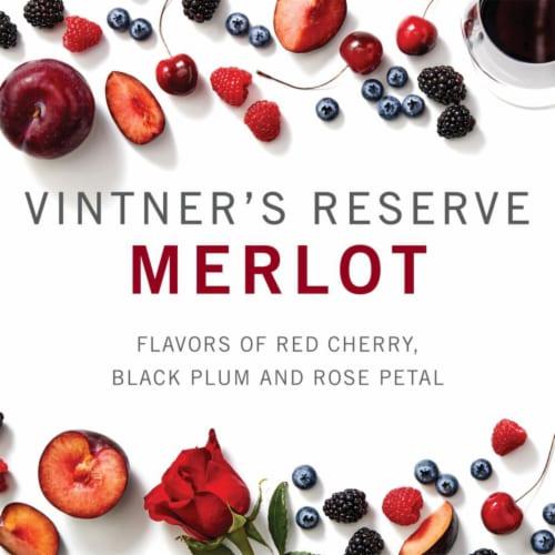 Kendall-Jackson Vintner's Reserve Merlot Red Wine Perspective: back