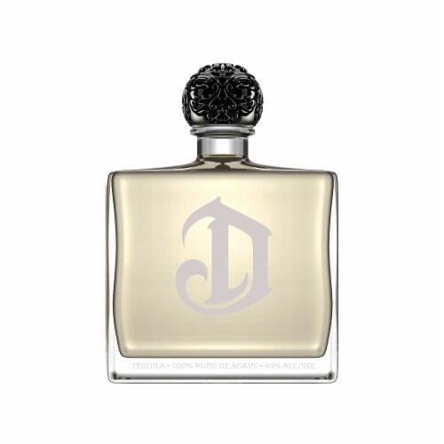 DeLeon Diamante Tequila Perspective: back