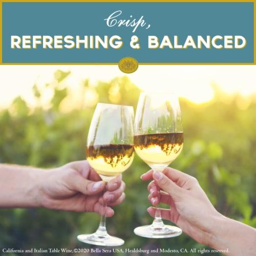 Bella Sera Pinot Grigio White Wine 1.5L Perspective: back