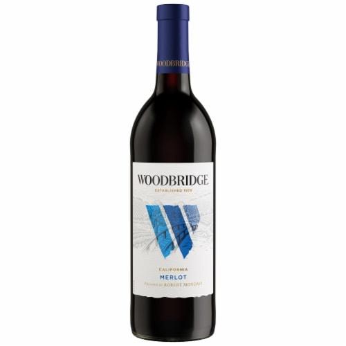 Woodbridge by Robert Mondavi Merlot Red Wine Perspective: back