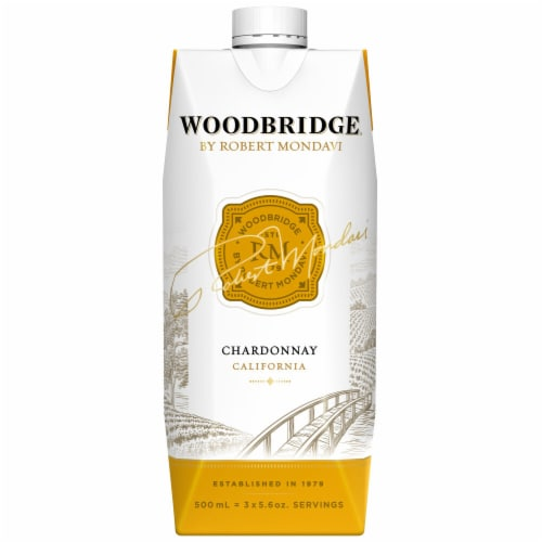 Woodbridge By Robert Mondavi Chardonnay White Wine Box Perspective: back