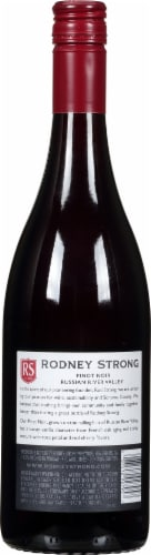 Rodney Strong Russian River Valley Pinot Noir Red Wine Perspective: back