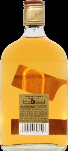 Johnnie Walker Red Label Blended Scotch Whisky Perspective: back
