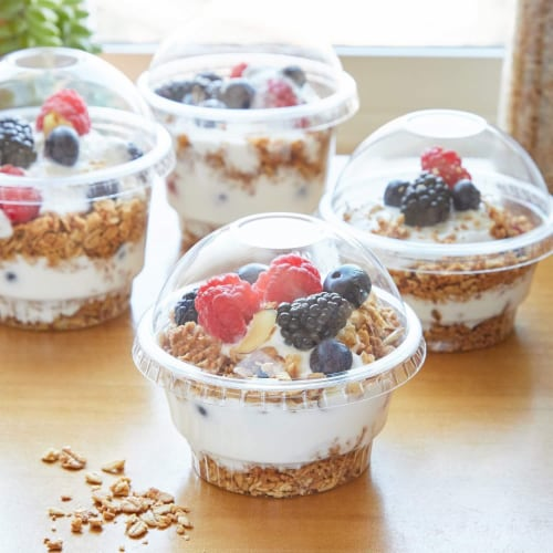 Clear Plastic Ice Cream and Yogurt Cups with Dome Lids (5 oz, 50 Pack) Perspective: back