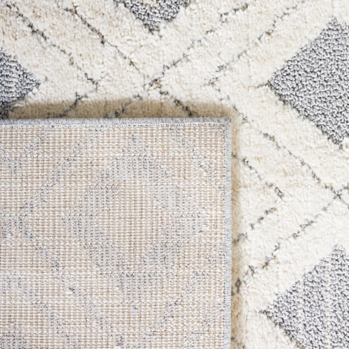 Martha Stewart Collection Lucia Shag Geometric Accent Rug - White/Light Gray Perspective: back