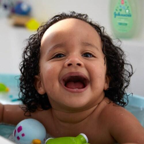 Johnson's® No More Tangles 2-in-1 Shampoo & Conditioner Perspective: back
