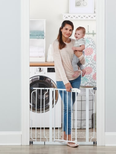 Regalo Easy Step Extra Wide Metal Baby Safety Gate Perspective: back