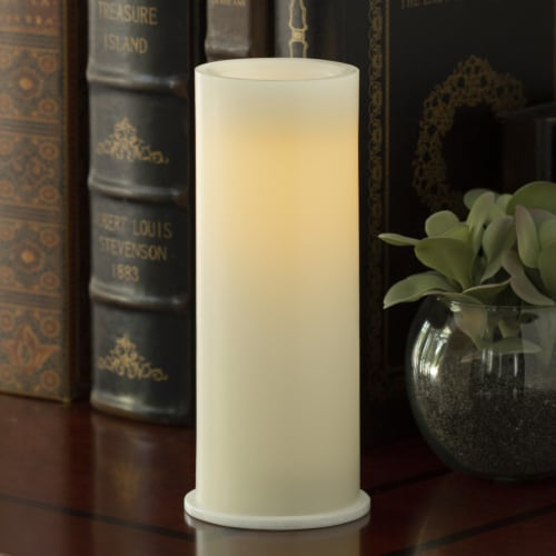 Inglow Round Pillar Candle Perspective: back