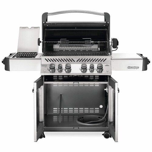 Napoleon P500RSIBNK-3 Prestige 500 RSIB Natural Gas Grill with Infrared Burners Perspective: back