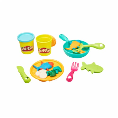 Play-Doh Kitchen Creations Ultimate Chef Play Set Perspective: back