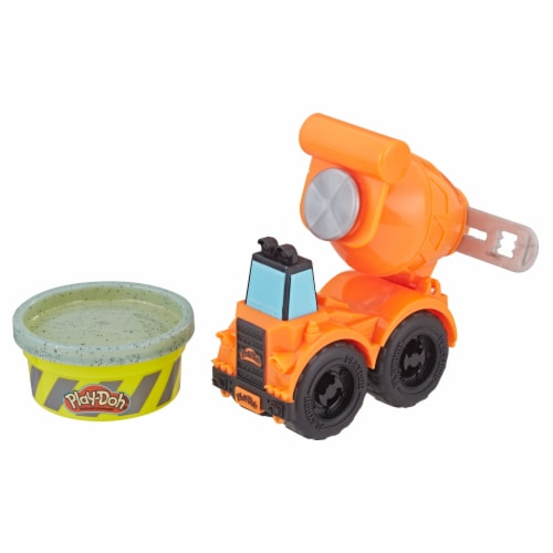 Play-Doh Wheels Mini Cement Truck with Cement Buildin' Compound Perspective: back
