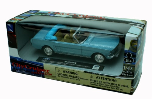 1:43 Scale Die-Cast Blue Ford Mustang Convertible Perspective: back