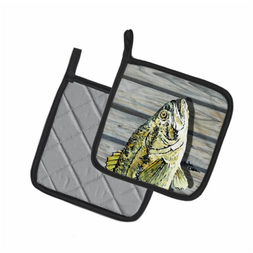 Carolines Treasures  8493PTHD Fish Bass Small Mouth Pair of Pot Holders Perspective: back