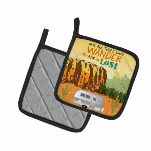 Airstream Camper Camping Wander Pair of Pot Holders Perspective: back