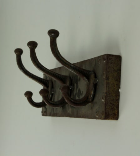 Faux Aged Steel Finish Industrial Style Triple Metal Wall Hook, Gold Perspective: back