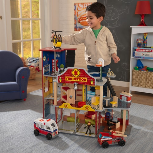 KidKraft Deluxe Fire Rescue Set Perspective: back