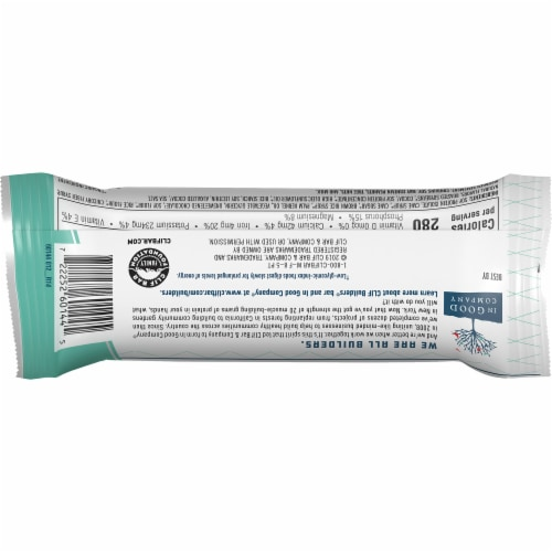 Clif Bar Builders Chocolate Mint Protein Bar Perspective: back