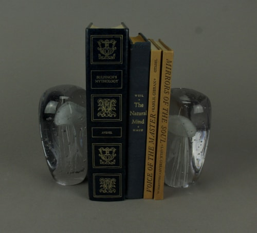 Clear Art Glass Glow In the Dark White Jellyfish Bookends Set of 2 Perspective: back