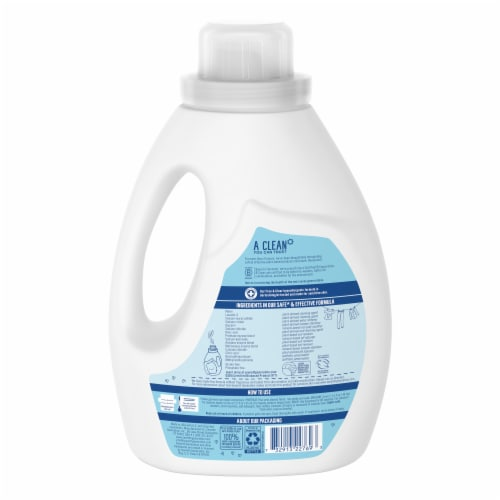 Seventh Generation® Free & Clear Laundry Detergent Perspective: back